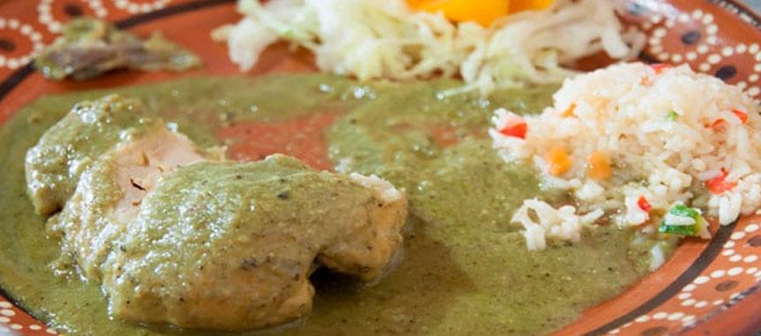 Pechuga de Pollo en Salsa Verde